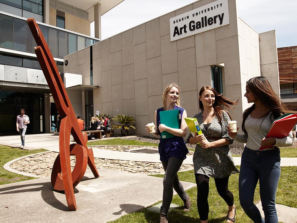 Top-ranked Australian university offers 2 new scholarships for international students