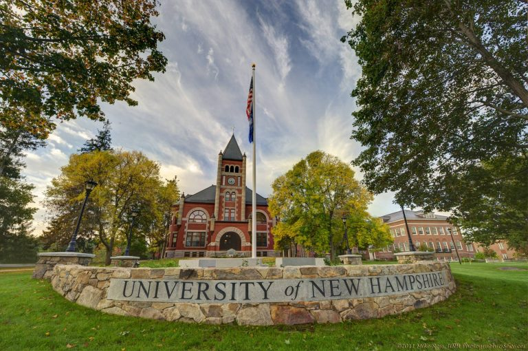 Scholarships in New Hampshire for Eligible International Students